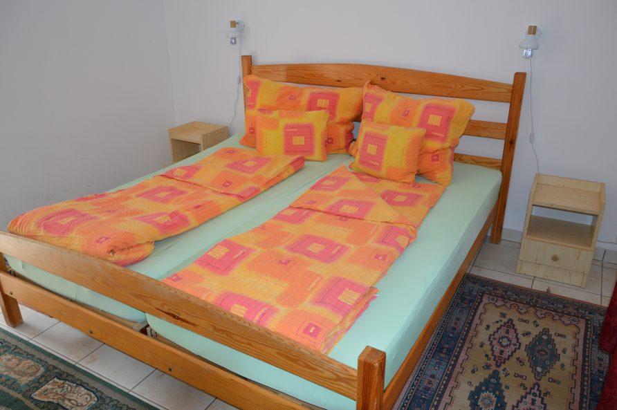 1 francia ágyas apartman – 2