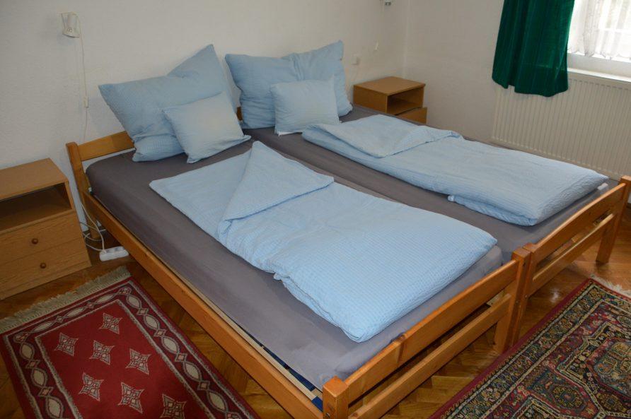 2 külön ágyas és 1 emeletes ágyas, 1 szobás apartman – 1